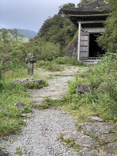 元箱根石仏1.jpg